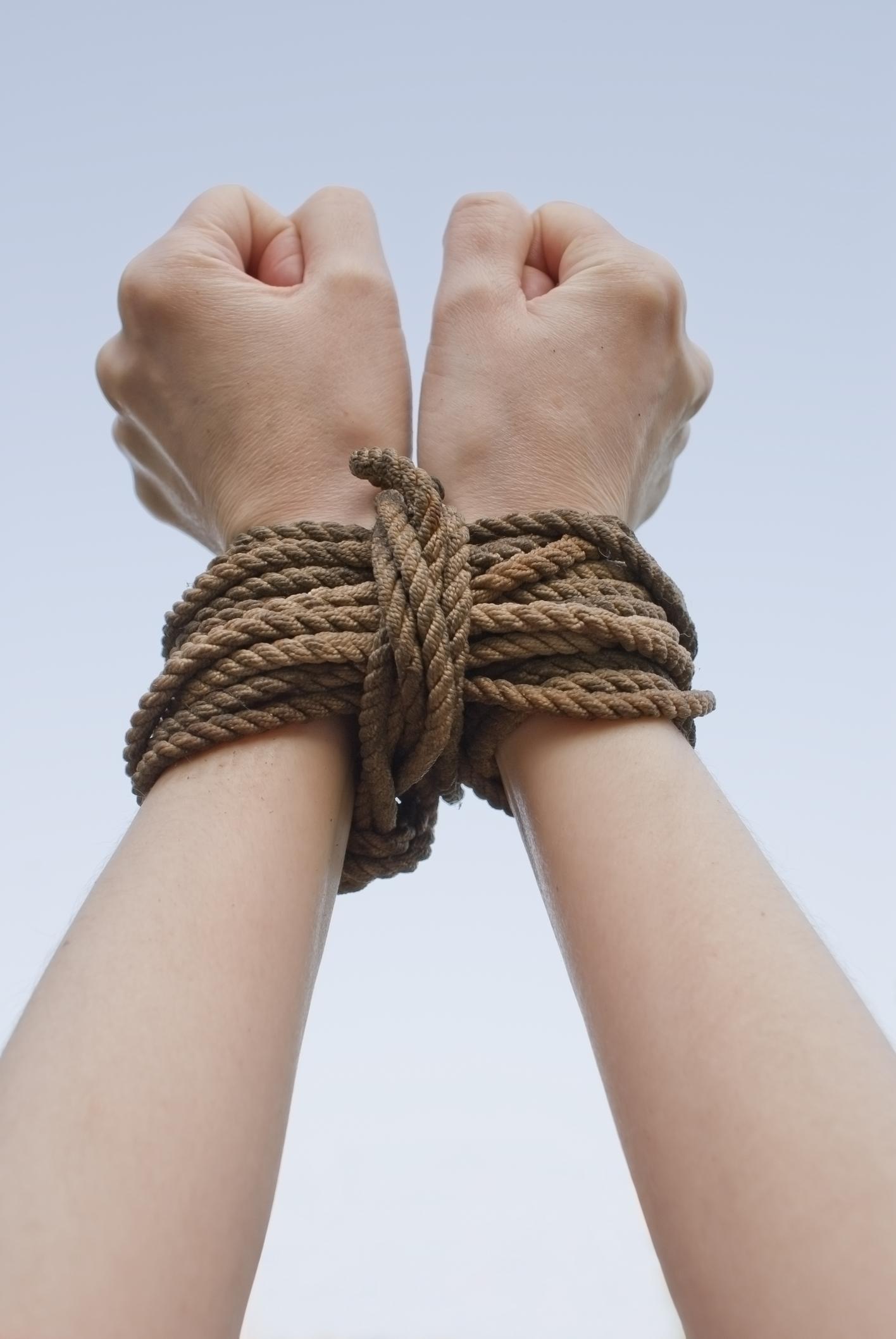 Связать веревкой женщину 14 фотография